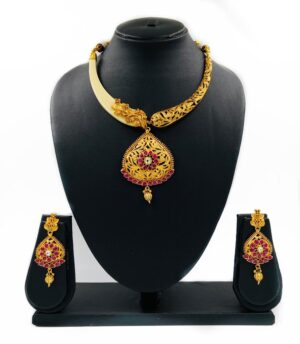 Golden Necklace Hasli Set
