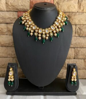 Green Kundan Necklace Set