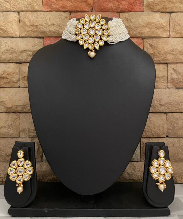 Pearels And Kundan Choker Necklace