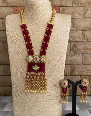 Traditional handmade Pendant necklace set